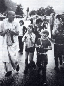 Young Childrens doing Kirtan