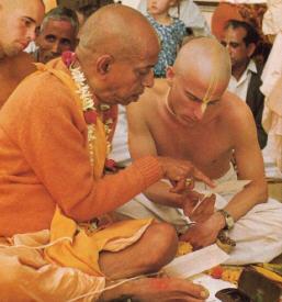 Srila Prabhupada Instructs Yadubara Das