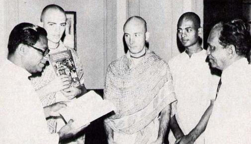 Sri Lanka Prime Minister R. Premadasa,With Ripughna Dasa, Rohini-Kumara Dasa, Mahakarta Dasa And Mr. Vincent Perera