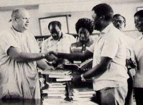 Ghana Receives 1000 Books