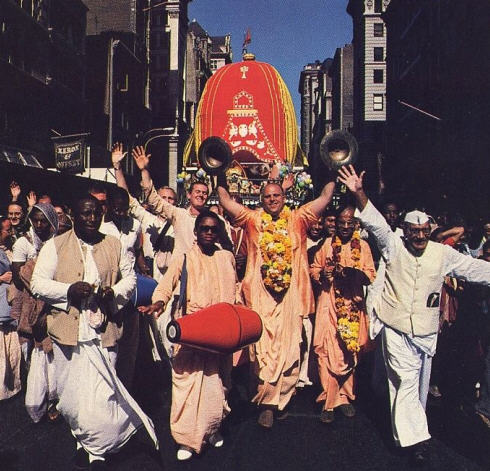 Festival of the Chariots USA by Mathuresa Dasa