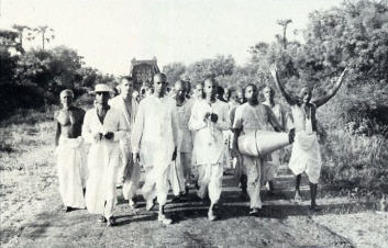 On the Road With Lord Caitanya by Lokanatha Swami