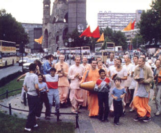 Chanting the Holy Names in West Berlin by Suhotra Swami