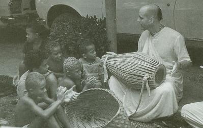 Chanting From Indradyumna Swami
