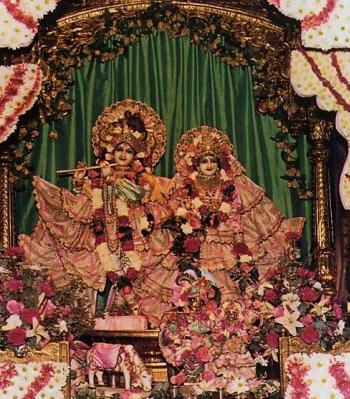 Victory for Bhaktivedanta Manor by Bhakta Pradip Gajjar, Akhandadhi Dasa