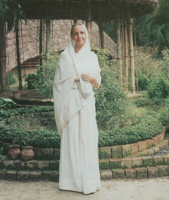 Mayapur Realizations Adapted from interviews by Mahamaya Devi Dasi