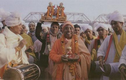 HH Gopal Krishna Maharaj at Kumbha Mela