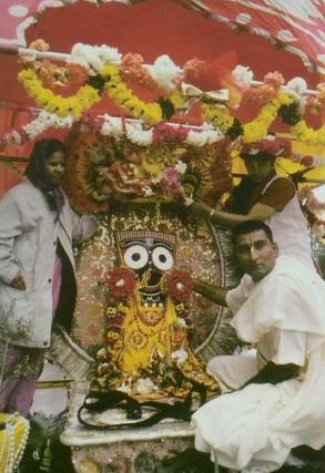 Back To Godhead - Rath Yatra at San Francisco, 2001