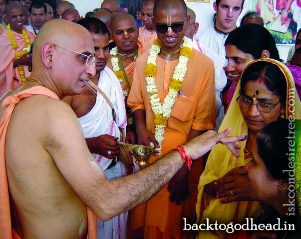 Bhakti Charu Swami - Back To Godhead