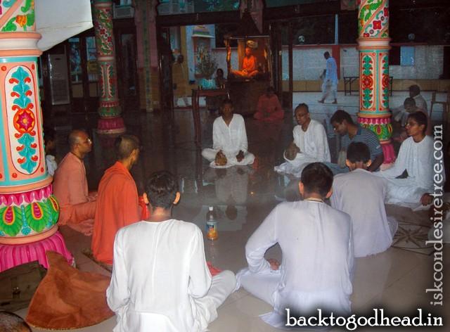 ISKCON Punjabi bagh 1 - Back To Godhead