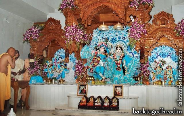 Sri Radha Gopal - Back To Godhead