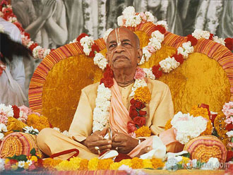Eight Verses Glorifying The Spiritual Masters by Kalanidhi Dasa