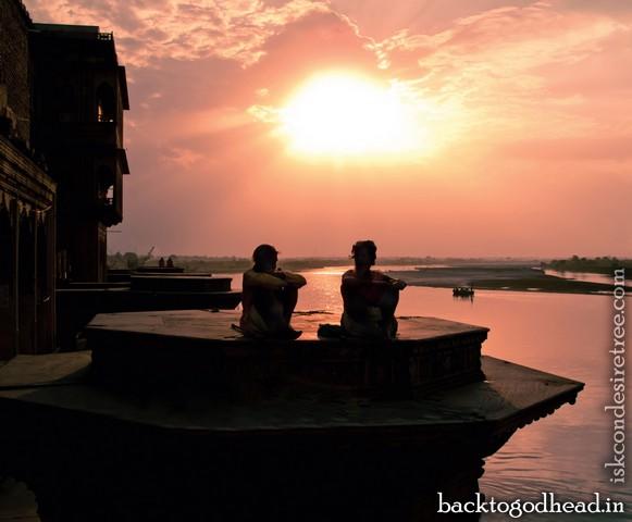 Yamuna River - Back To Godhead